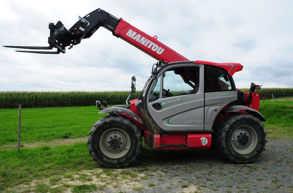 4 Things to Think about Before Agreeing to a Forklift Equipment Leasing Contract