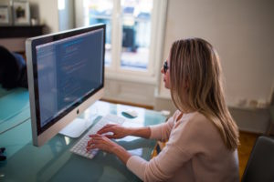 freelance-woman