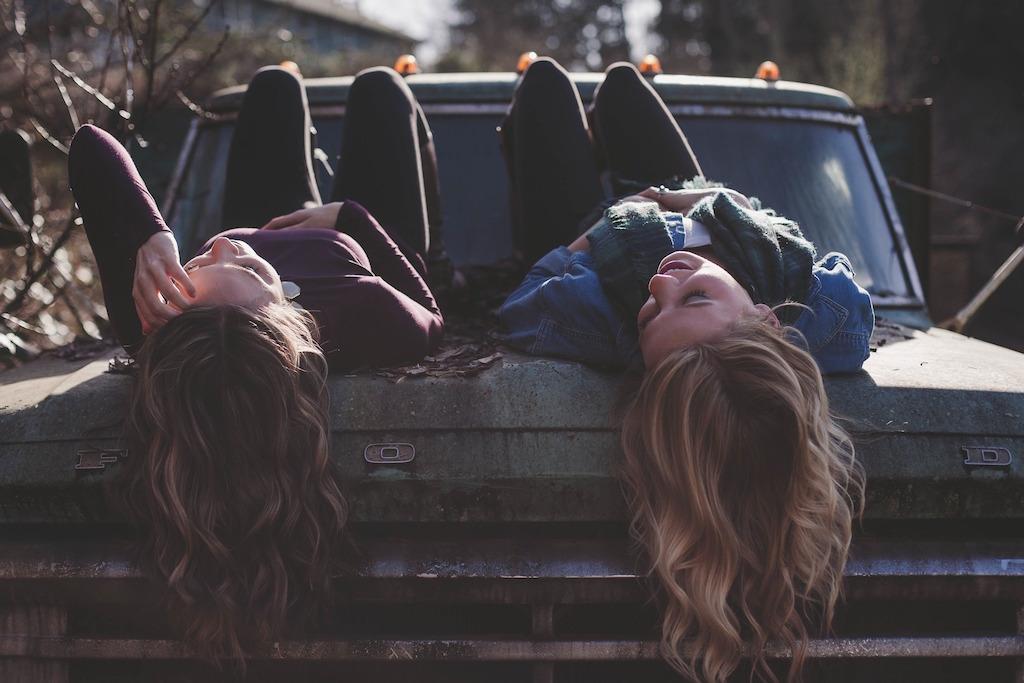 happy-women-hair