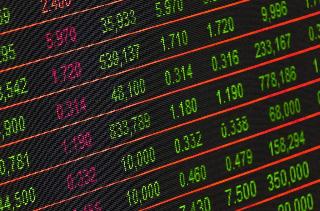 Should You Use a Robo-Advisor When Investing?