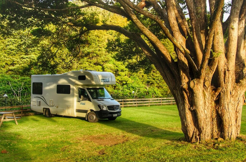 5 Reasons to Rent a Luxury RV