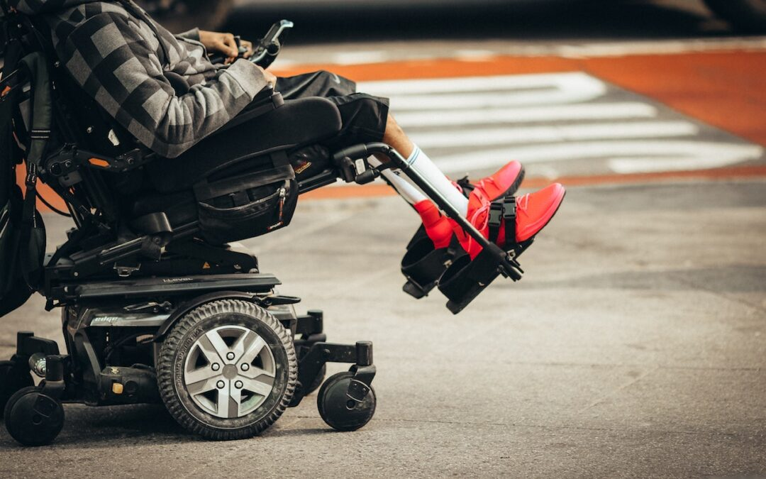 Apria Healthcare Reviews – Convincing Someone You Love to Buy Mobility Aids
